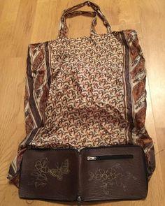 """517 Me gusta, 15 comentarios - Yo Fui a EGB (@yofuiaegb_oficial) en Instagram: """"La cartera que se convertía en bolsa de la compra."""""""