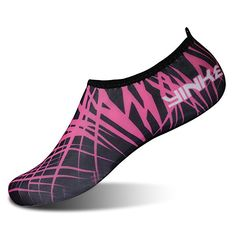 INTERESTPRINT Mens Quick Dry Barefoot Aqua Shoes Cute Black Cat Athletic Water Shoes Socks