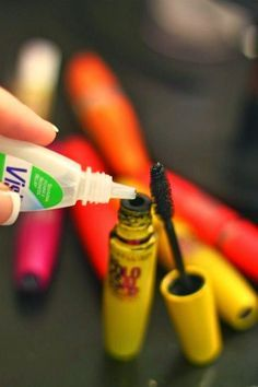 How to make mascara last 3 times longer! 32 Makeup Tips That Nobody Told You About