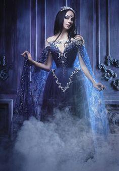 Night Goddess Elven Corset Dress Gothic by AliceCorsets on Etsy Gothic Party, Gothic Wedding, Bridal Dresses, Wedding Gowns, Wedding Corset, Bridal Corset, Wedding Parties, Witch Wedding, Pagan Wedding