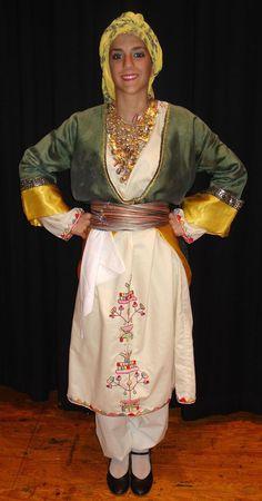 Η παραδοσιακή γυναικεία ενδυμασία της Καλύμνου - The traditional women's Greek folk costume of the island of Kalymnos