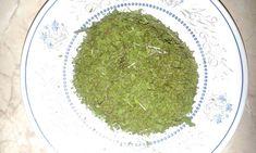 Lestyán, mint gyógynövény - Nagyanyáink titkos fűszere - Egészségtér How To Dry Basil, Herbs, Food, Essen, Herb, Meals, Yemek, Eten, Medicinal Plants