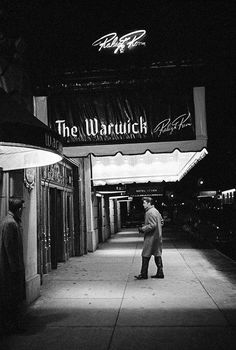 NYC. The King makes his entrance  to The Warwick Hotel