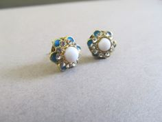 White+Centered+Teal+and+Gold+Flowers+by+IrisJane+on+Etsy,+$5.25