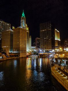 Chicago River | by emmrichard. Pinned by #CarltonInnMidway - www.carltoninnmidway.com