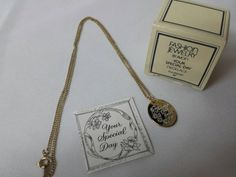 Avon Your Special day Thursday Necklace Mint Condition 1982 Original box