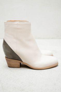 Hidden Wedge Boot by MM6