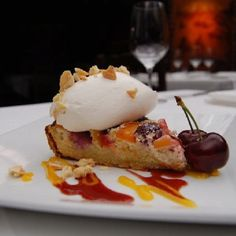 Nectarine-Cherry Amaretto Torte