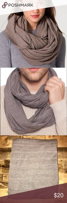AMERICAN APPAREL UNISEX CIRCLE SCARF Perfect for any outfit - NWOT American Apparel Accessories Scarves & Wraps