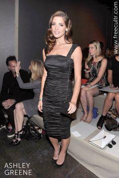 A black-clad Ashley Greene looking all elegant and classy at the Donna Karan Spring/Summer 2013 New York Fashion Week!