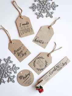 Free printable Christmas gift tags – Christmas World Christmas Gift Wrapping, Diy Christmas Gifts, Christmas Christmas, Christmas Tables, Nordic Christmas, Modern Christmas, Christmas Stockings, Christmas Ideas, Cottage Christmas
