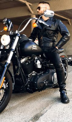 92 Best Motorcycles & Bikers images in 2019 | Biker leather