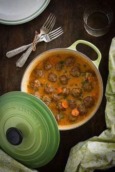 receta de albóndigas en salsa