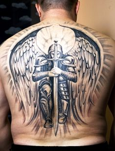 Learn about knight tattoo designs and meanings, and get some ideas for your own! This article includes numerous photos of knight-related tattoos for inspiration. Full Back Tattoos, Great Tattoos, Trendy Tattoos, Beautiful Tattoos, Body Art Tattoos, Sleeve Tattoos, Tattoos For Women, Men Back Tattoos, Wing Tattoos