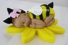 Classic Yellow Butter Cake- This yellow cake is easy to prepare and popular for birthday cakes, wedding cakes and more. Baby Shower Yellow, Baby Yellow, Sugar Animal, Baby Cake Topper, Cupcake Toppers, Bebe Shower, Baby Mold, Cake Accessories, Fondant Baby