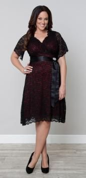 Retro Glam Lace Dress in Red