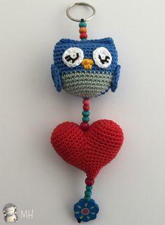 amigurumi passo a passo em portugues ile ilgili görsel sonucu Crochet Owls, Crochet Baby Toys, Crochet Stars, Crochet Amigurumi Free Patterns, Diy Crochet, Crochet Crafts, Owl Patterns, Crochet Accessories, Mobiles