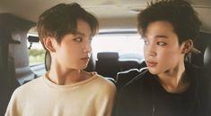 Jungkook and Jimin- BTS Summer Package in Dubai Bts Jimin, Bts Bangtan Boy, Bts Boys, Seokjin, Namjoon, Hoseok, Bts France, Bangtan France, Vmin