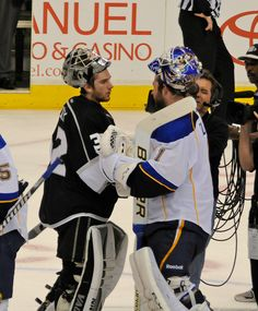 LA Kings Goalie Jonathan Quick Shakes Hands with St Louis Blues Brian Elliott after Kings Series Win - Didn't like the outcome but still gotta love Elliott