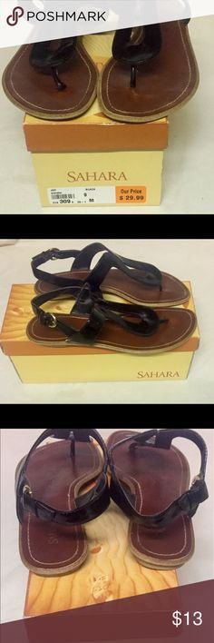 Sahara Size 9 Black Thong Toe Ankle Strap Sandals Black thong toe with ankle strap. Signs of wear on shoes and bottoms but shoes are in good condition. Sahara Shoes Sandals