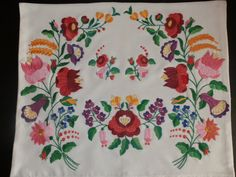Pillow handmede embroidery Hungarian Kalocsa by macaristanbul