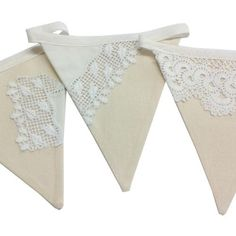 This cream calico fabric bunting has sections of vintage lace doilies and vintage tablecloths stitched to the front of each flag, making each flag unique. Lace Bunting, Vintage Bunting, Wedding Bunting, Bunting Garland, Bunting Flags, Fabric Bunting, Vintage Lace, Vintage Sewing, Burlap Banners