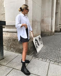 A Cool Way to Style Your Black Shorts