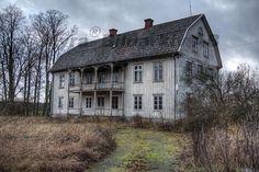 Abondonded house outside Hossmo, Sweden