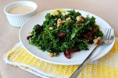 Simple Summer Staple: Kale Salad with tahini dressing. Key: massage kale first. Summer Recipes, New Recipes, Real Food Recipes, Vegan Recipes, Healthy Snacks, Healthy Eating, Healthy Smoothies, Healthy Habits, Salad