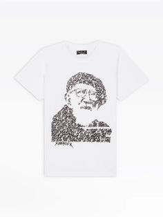 t-shirt mixte Jonone Fondation Abbé Pierre | agnès b. T Shirt, Mens Tops, Collection, Women, Fashion, Tattoo Art, Woman, Supreme T Shirt, Moda