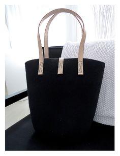 It´s mine, mine. Aki Choklat for Lahtiset felt tote bag. Wool Felt, Mine Mine, Footwear, Style Inspiration, Tote Bag, Leather, Bags, Accessories, Fashion