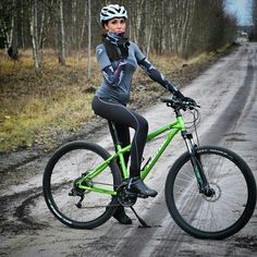 As a beginner mountain cyclist, it is quite natural for you to get a bit overloaded with all the mtb devices that you see in a bike shop or shop. There are numerous types of mountain bike accessori… Mountain Bike Shoes, Mountain Biking, Cycling Girls, Cycle Chic, Road Bike Women, Bicycle Maintenance, Cool Bike Accessories, Bicycle Girl, Bike Seat
