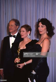 News Photo : Actors Don Ameche, Dianne Wiest and Anjelica... Dianne Wiest, Don Ameche, 90s Grunge Hair, Kathleen Turner, Anjelica Huston, Fashion Magazine Cover, Rock Legends, Celebs, Celebrities