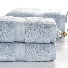 Now available at DIGDU: SunnyRain 3-Piece... Check it out here! http://www.digdu.com/products/sunnyrain-3-piece-solid-color-heavy-egyptian-cotton-towel-set-bath-towel-for-adults-face-towel-gms-600g-water-absorbent-toallas?utm_campaign=social_autopilot&utm_source=pin&utm_medium=pin