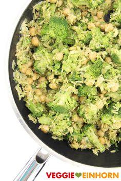 Vegane Brokkoli REISPFANNE mit KICHERERBSEN & Erdnussmus   Schnell, einfach, lecker! Mit Rezept VIDEO