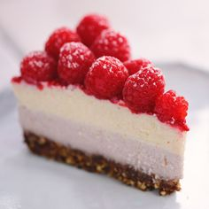Raspberry Cheesecake When your vegan friend says they miss cheesecake make them this awesome layered raspberry dessert!When your vegan friend says they miss cheesecake make them this awesome layered raspberry dessert! Raspberry Desserts, Cheesecake Desserts, Raspberry Cheesecake, Raspberry Ideas, Cheesecake Popsicles, Raw Vegan Cheesecake, Dairy Free Cheesecake, Vegan Treats, Vegan Foods