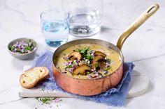 Løk- og soppsuppe