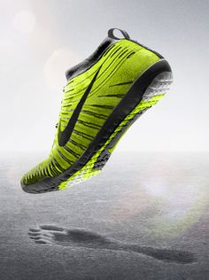 285b87f2ef59 Lightweight and form fitting but with a little bit of lunarlon. Good for  lateral movements  NIKE