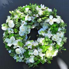 Wianek kwiatowy Nr 527
