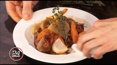 VIDÉO | Mon navarin d'agneau aux légumes d'hiver - Laurent Mariotte