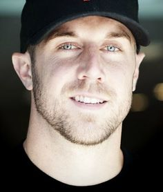 Not only is Alex Smith an AWESOME QB & absolutely gorgeous