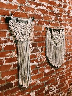 Small macrame wall hanging // boho // home decor // hippie