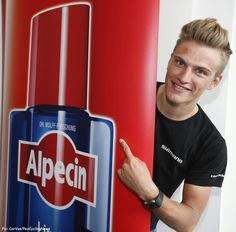 At last a cycling sponsorship that really makes sense - with shampoo company Alpecin getting behind Marcel Kittel's golden locks and the whole Giant-Shimano team as they step up their sponsorship for 2015. Pic:CorVos/PezCyclingnews