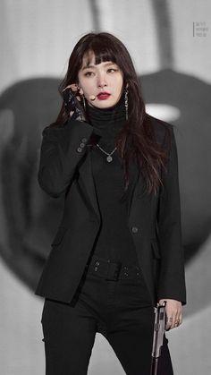 Seulgi Pics ♡ 슬기 나비야 в Твиттере: «agent seulgi ★彡… Red Velvet Seulgi, Red Velvet Irene, Black Velvet, Kpop Fashion, Korean Fashion, Fashion Outfits, Stage Outfits, Kpop Outfits, Korean Girl