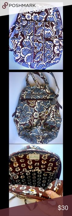 Vera Bradley Medium Backpack OBO EUC. Comment with questions ❤️ Vera Bradley Bags