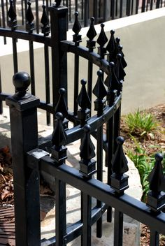 How to repaint iron railings