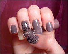 Base: Essence Colour&Go Walk of Fame (34) Leopard Details: Essence Stampy Set