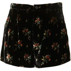 Velvet Floral Shorts By Boutique (300 BRL) ❤ liked on Polyvore featuring shorts, bottoms, pants, black, women, floral printed shorts, floral print shorts, velvet shorts, flower print shorts and floral shorts