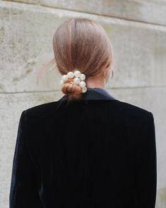 Les perles sont disponibles sur notre e-shop 😍 Grace, Lola, Maya, Carla... Pour lesquelles allez-vous (ou avez-vous) craquer ? 😏