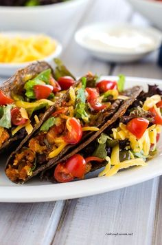 Bean & Quinoa Tacos | quinoa * peppers * black beans * pinto beans * tomatoes * cheese * lettuce * chipotle | #glutenfree